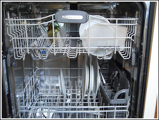 Pyykinpesukoneen puhdistus konetiskitabletti