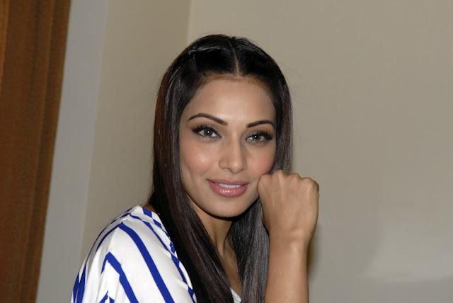 bipasha basu new . actress pics