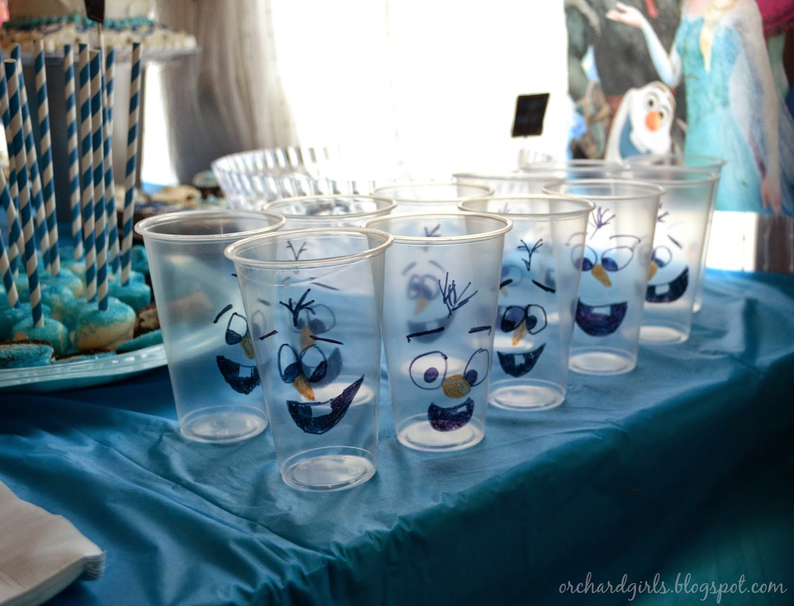 FROZEN Birthday Party FREEBIES + Ideas/Inspiration OLAF