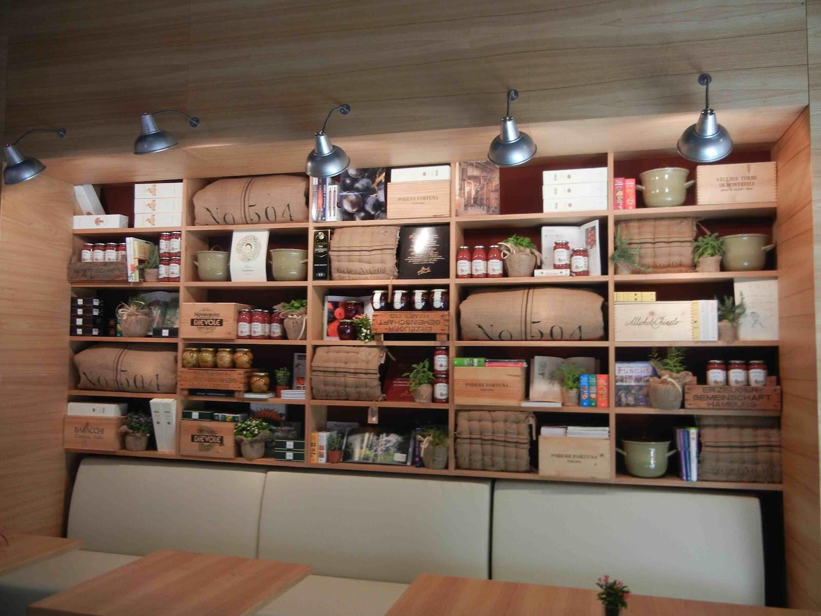 Libreria Spazio Eventi Con Tanto Di Cabina Regia E Sala Registrazione #8F573C 1600 1200 Sala Da Pranzo Con Cucina A Vista