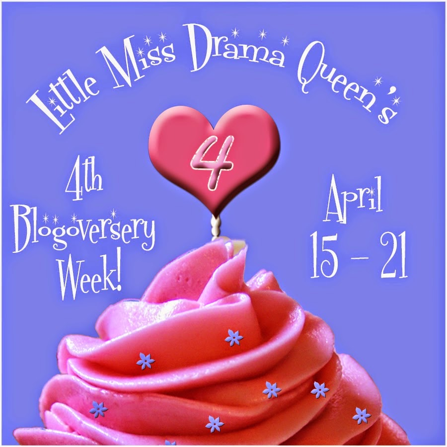 http://lmdqueen.blogspot.com/2015/04/4th-blogoversary-week-giveaway.html