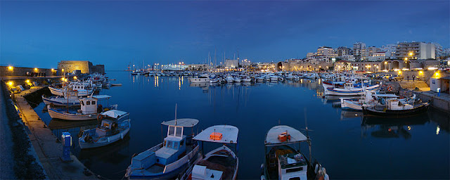 Heraklion harbor, view on Koules fortress - Heraklion, Crete |Travel Greece Guide