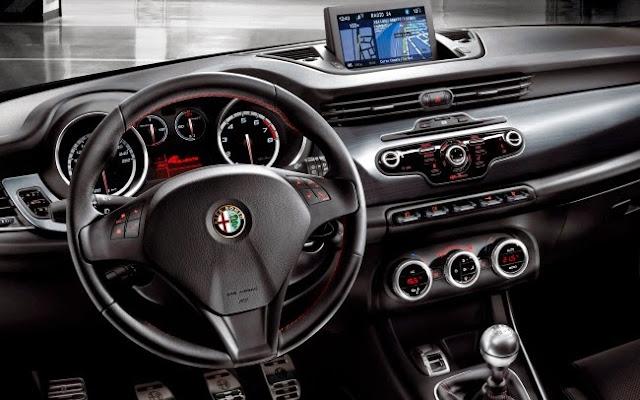 Alfa romeo giulietta 2014 foto