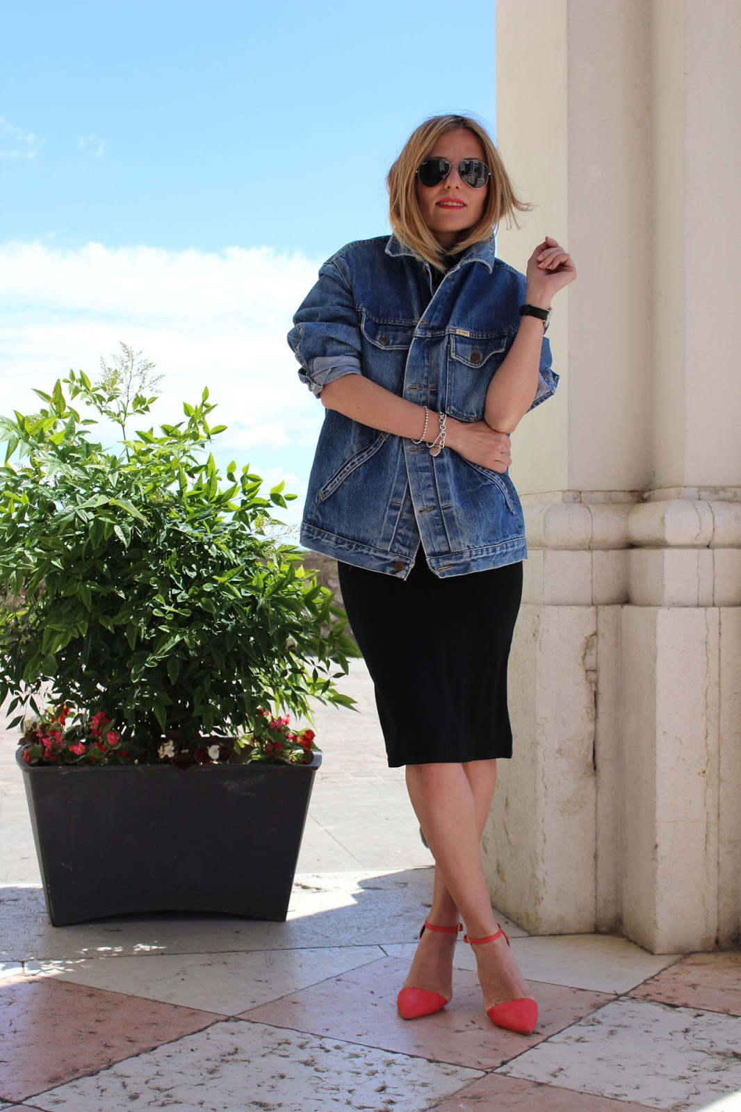 Eniwhere Fashion - denim Jacket and black dress