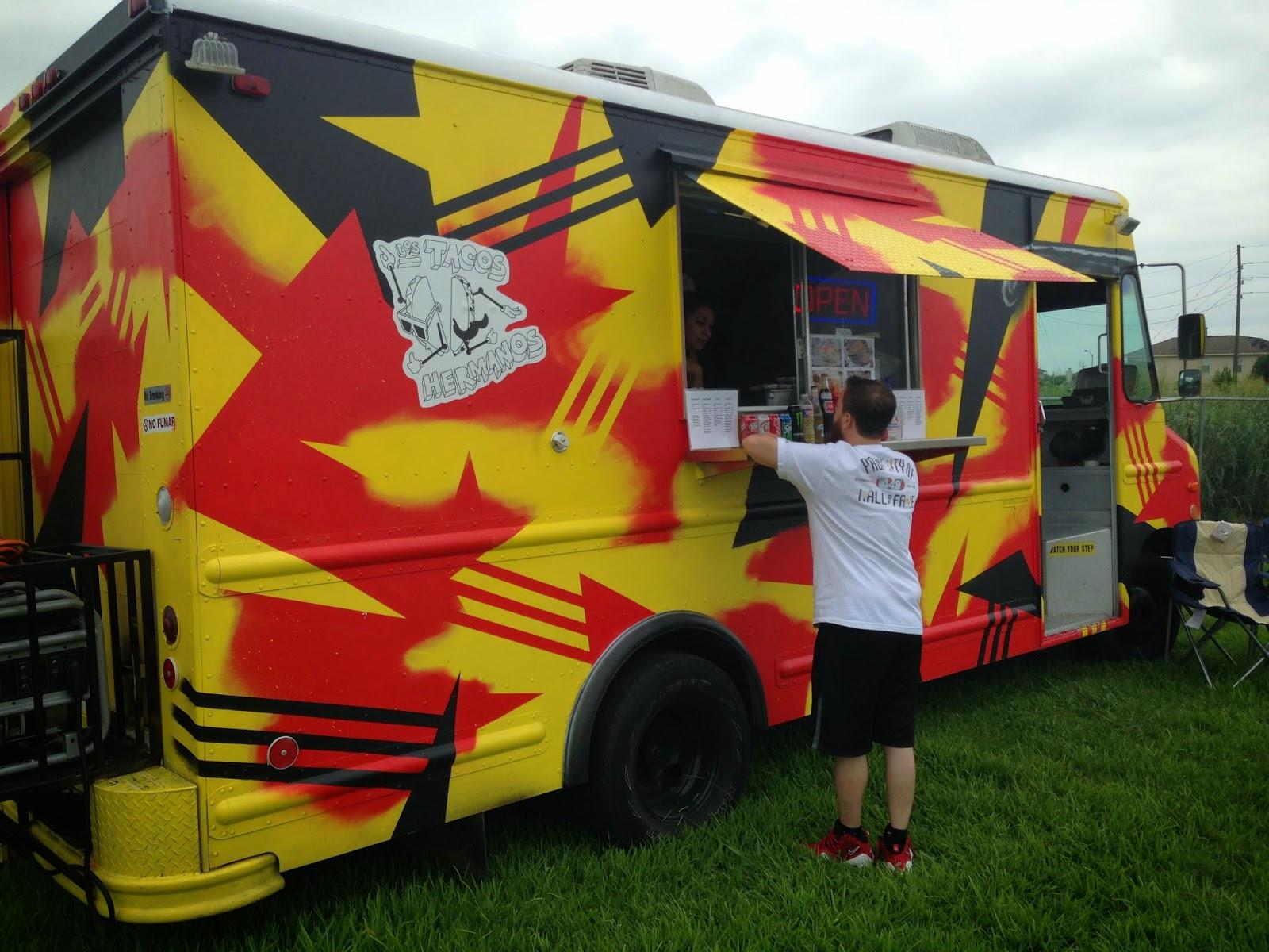 Los Tacos Hermanos Food Truck, Houston TX