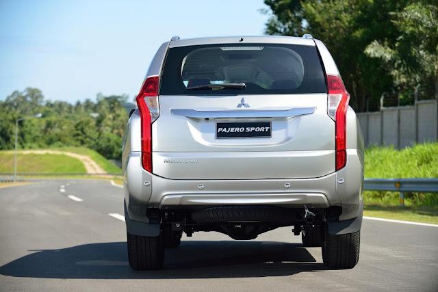 2016-Mitsubishi-Pajero-Sport-rear-taillight
