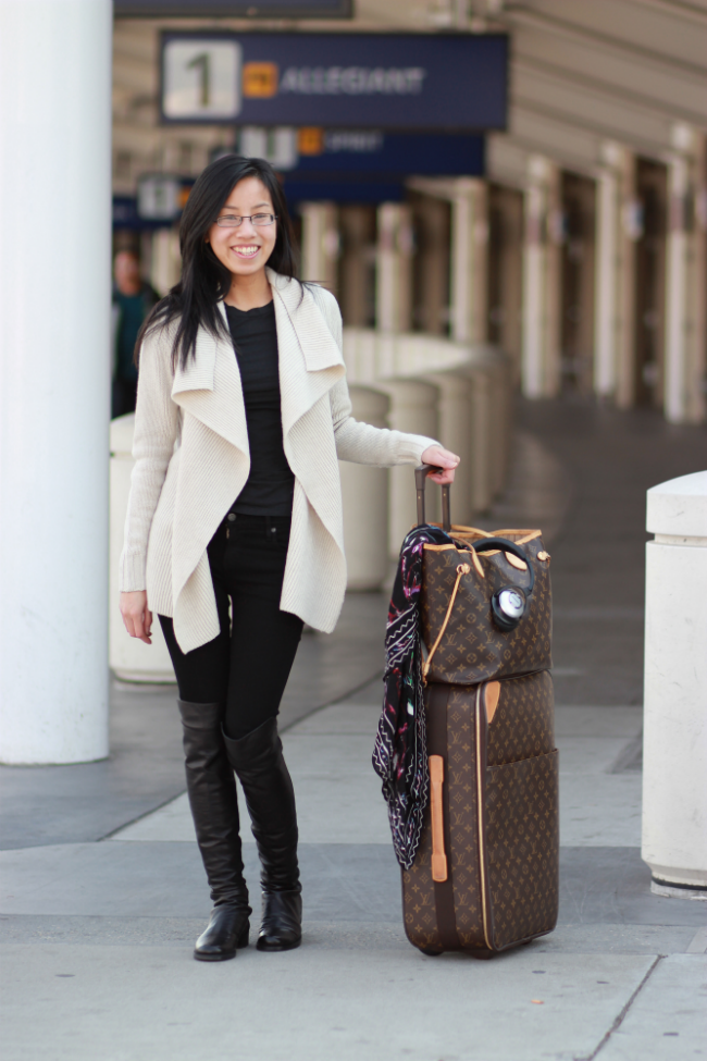outfit ideas airport international flight long plane ride