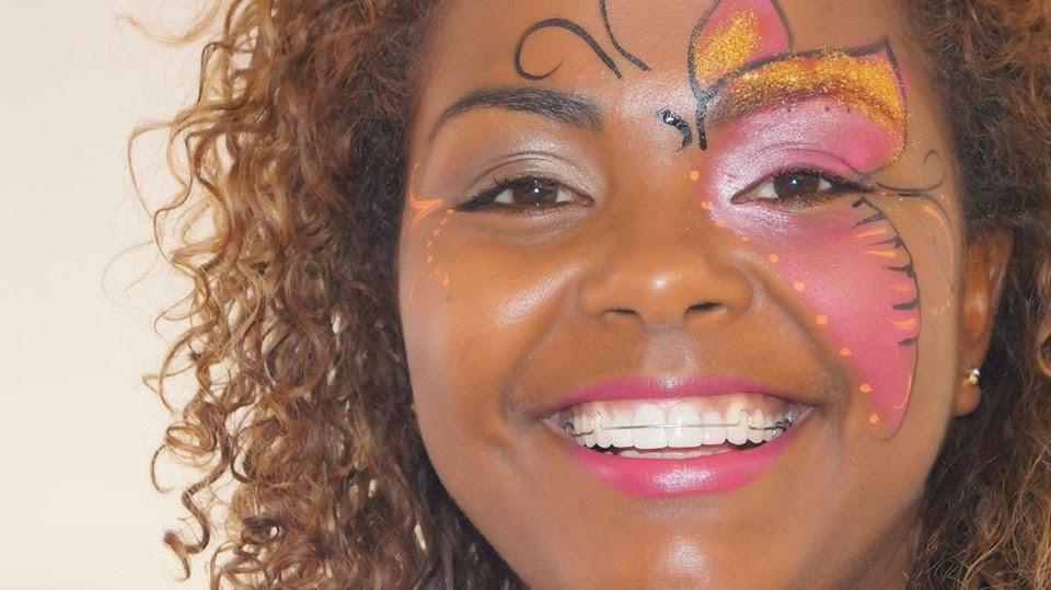 Pintura Facial - Borboleta. Folia Festa