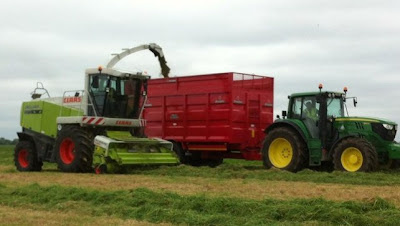 Grass at Dublin Airport being cut for farmers, as ICMSA puts cost of fodder crisis at €1bn