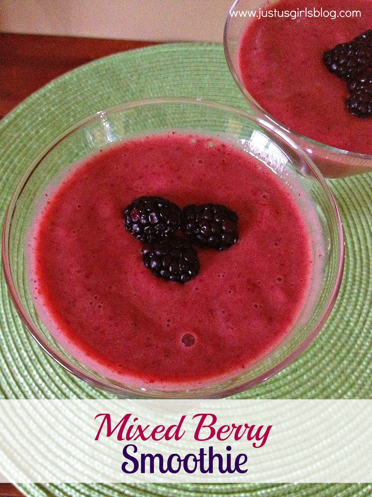 Just Us Girls: Thirsty Thursday: Mixed Berry Smoothie