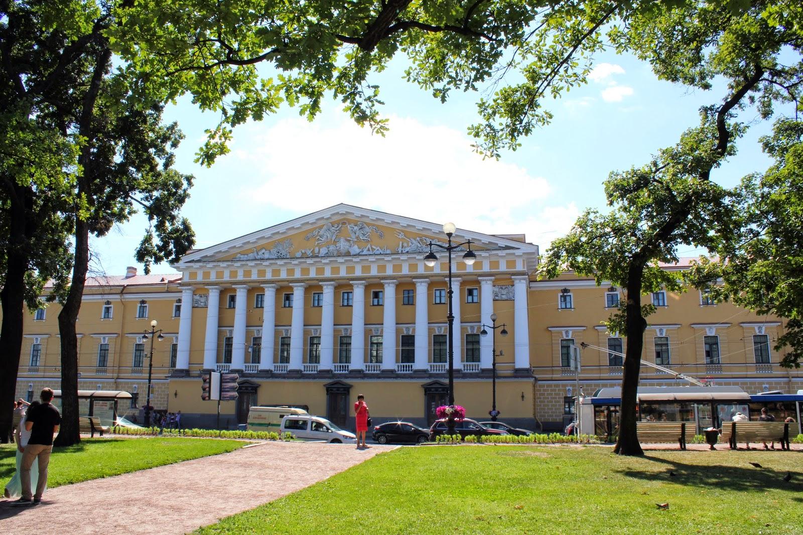 Петербург, дворцы и парки