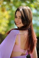 tamanna cute saree photos