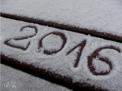 Śnieg pada, bałwany się cieszą;)