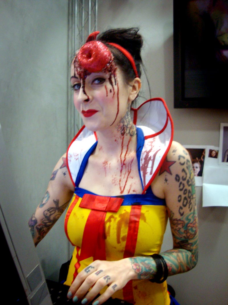 Zombie Snow White Makeup images