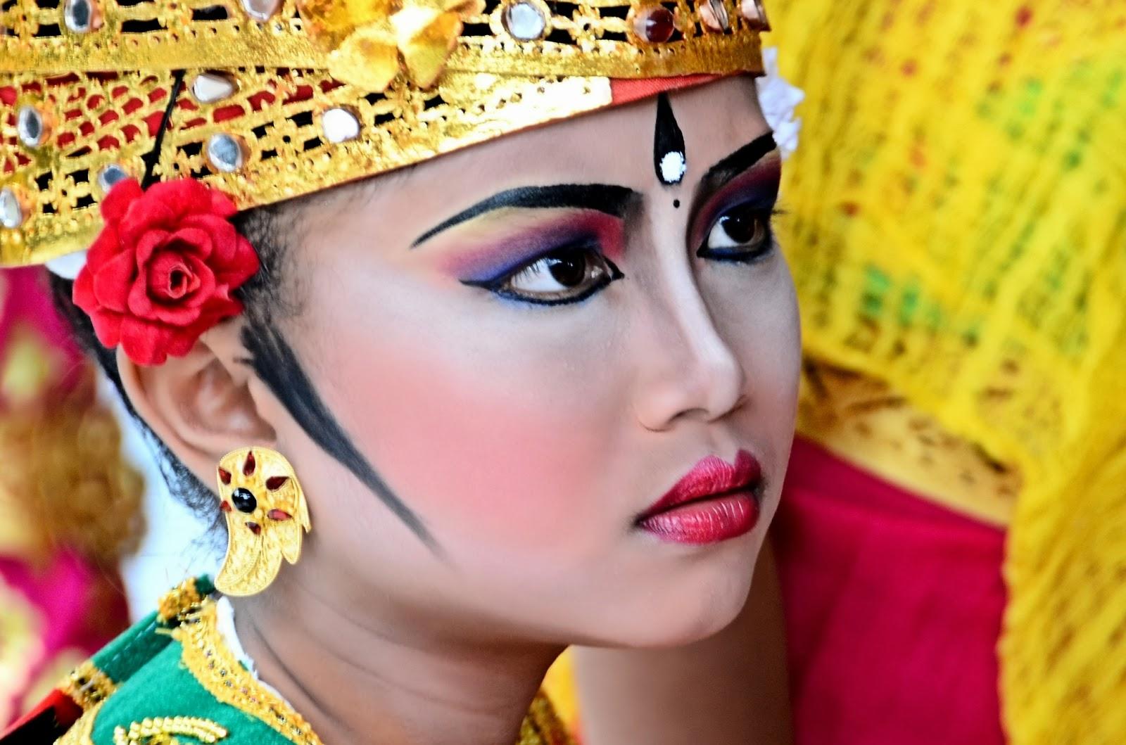 Bali, l'isola degli Dei Gara+Danza+Barong+Bali+04+2013+rebeccatrex