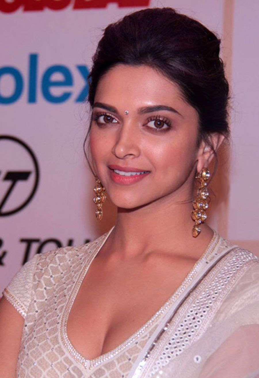 Celebrity Biography: Deepika Padukone