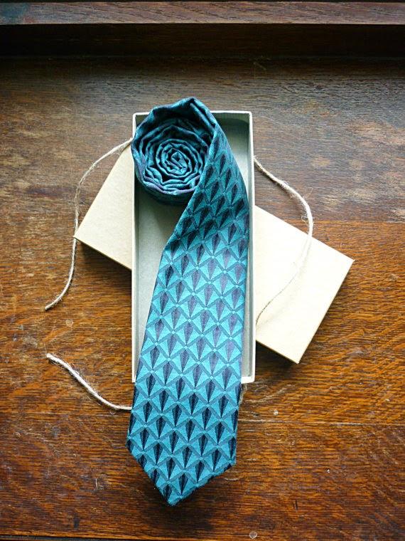 art deco style tie gift