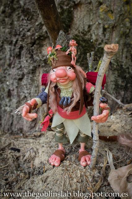 ooak fantasy creature doll traveller goblin Elda Moonsteps