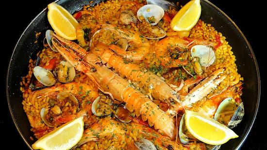 Cocinar para los amigos paella de marisco for Cocinar para los amigos