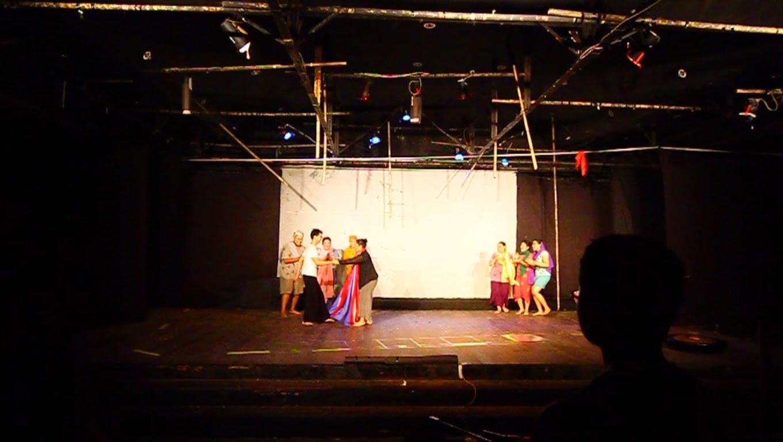 Sanggar Pojok Jakarta Selatan, dengan teater bertajuk 'Hening'