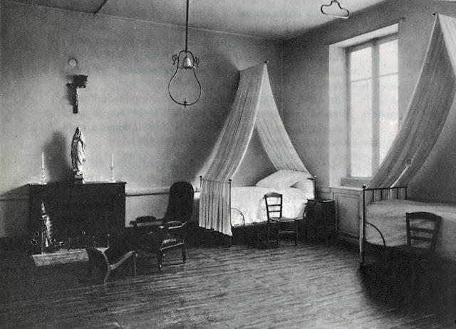 Enfermaria do convento onde faleceu Santa Bernadette