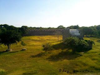 Dzibilchaltun Zona Arqueologica Ruinas Mayas Yucatan
