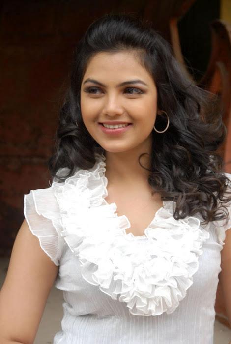 Priyanka Tivari stills