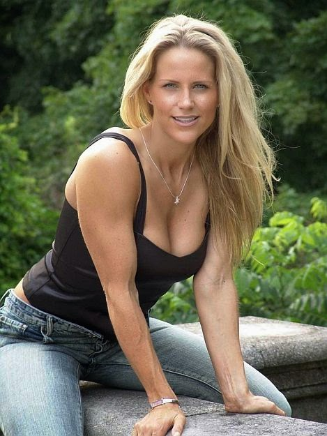 Fitness Model and Figure Competitor Aeryon Bela Ashlie