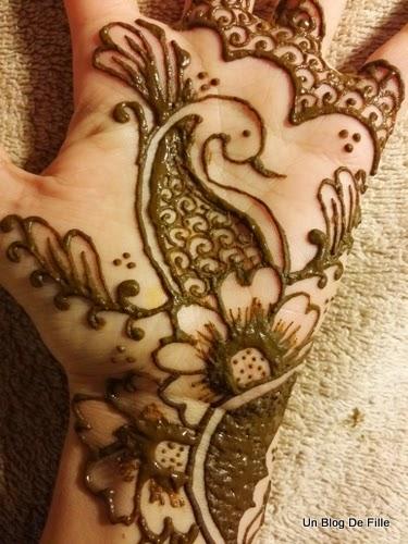 Comment Faire Un Tatouage Au Henné - Un tatouage au Henné pour l'été? )