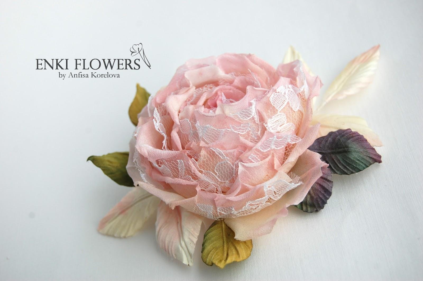 Брошь-цветок из ткани мастер класс