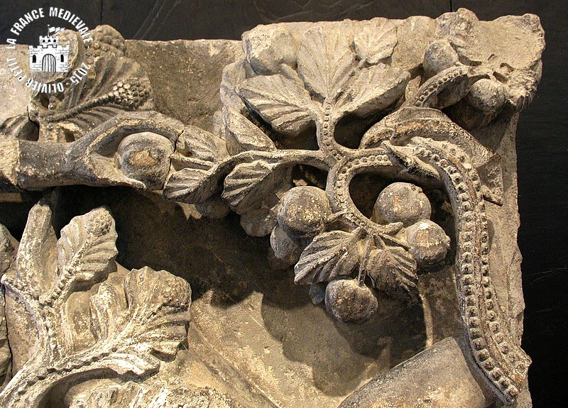 AUTUN (71) - Musée Rolin : La tentation d'Eve