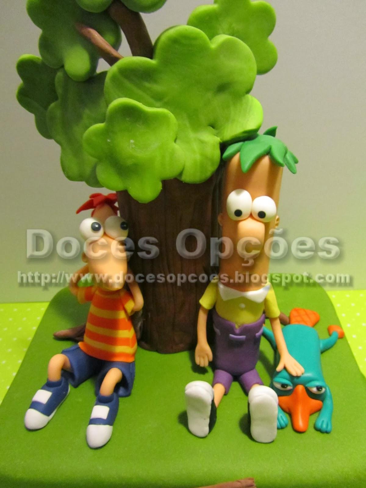 Bolo aniversário Phineas e Ferb disney