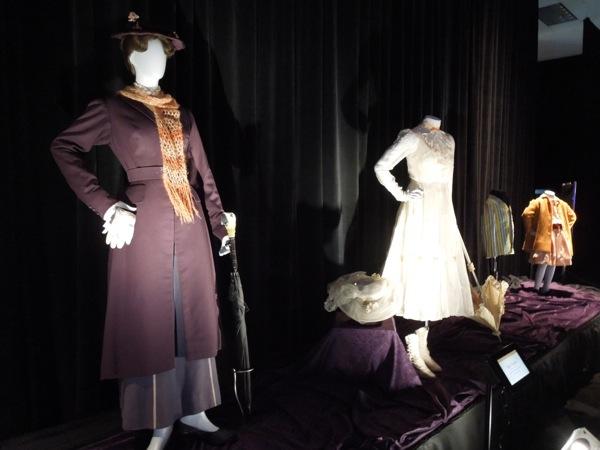 mary poppins original film costumes disney d23 expo 2013 - Costume Props