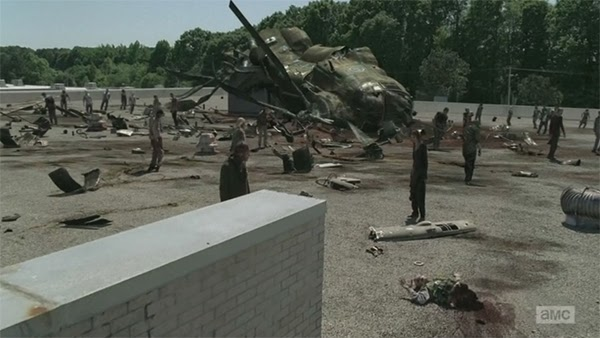 The Walking Dead 4x01 - 30 Days without an accident