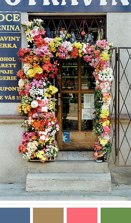 Daily Florals | www.floralsandplaid.com
