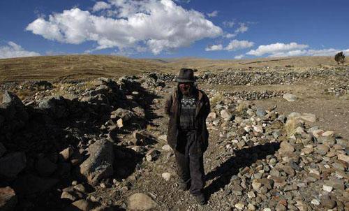Carmelo Flores Laura dari Bolivia