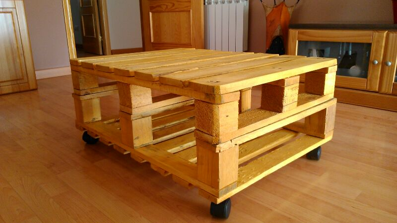 El taller de manualidades de kunmulan mesa fabricada con - Manualidades con palet ...