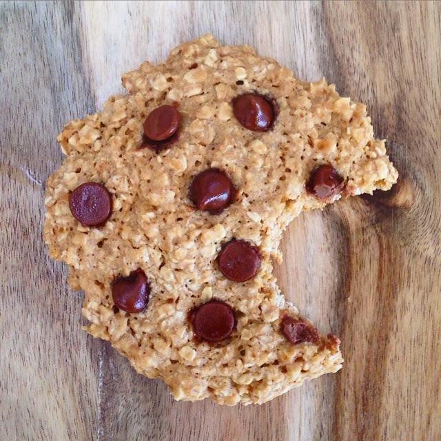 Healthy Single Serve Microwave Chocolate Chip Cookie - Healthy Single Serve Microwave Recipes