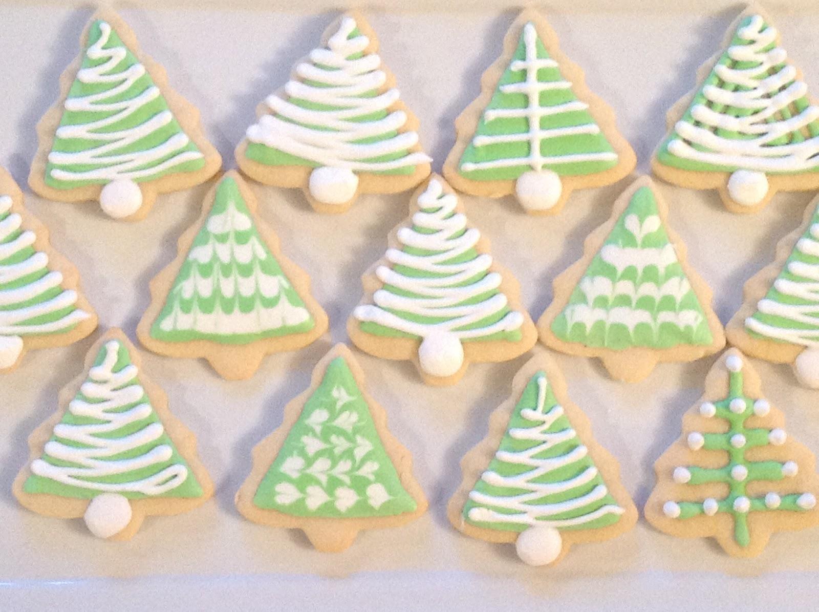 Dawn S Recipes Vanilla Almond Sugar Cookies With Royal Icing