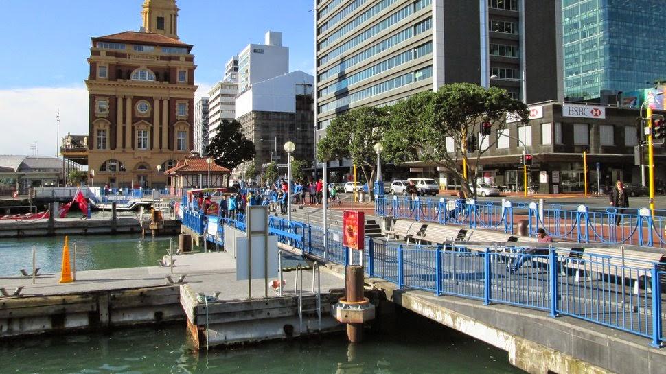 Jonction entre Quay Street sur le front de mer et Queen Street - Auckland NZ