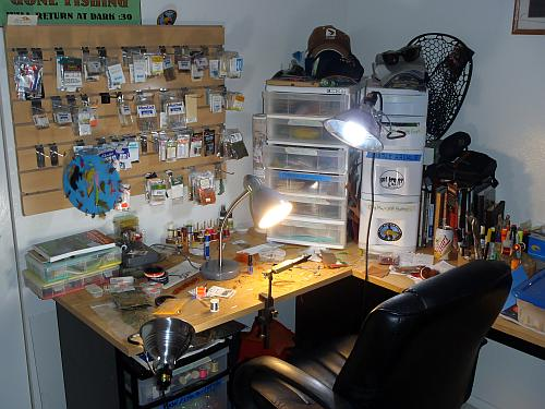 My Fly Tying Desk
