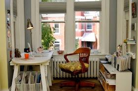 Pequeña oficina rústica
