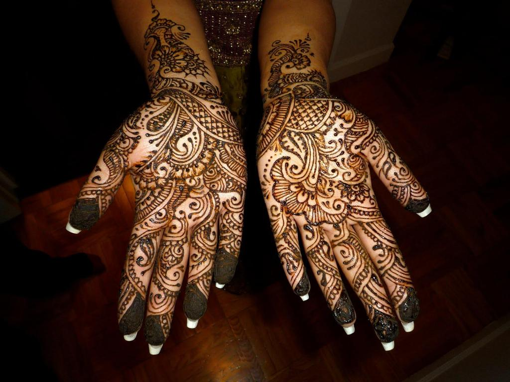 Images Of Henna Mehndi : Bridal mehndi designs henna art of