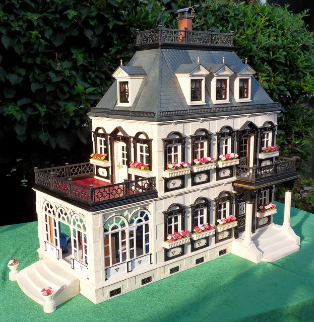 painted furnished mansion 5300 j s playmobil