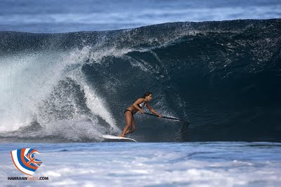 Paddle Surf Hawaii - Tiffany Paglinawan - Pipeline