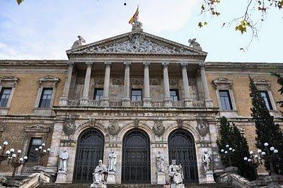 La caja de pandora caza del tesoro la biblioteca nacional for Biblioteca uned madrid