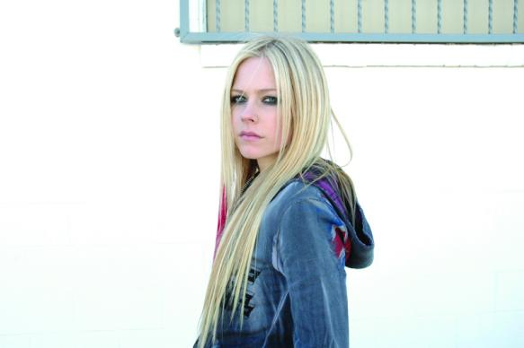 Avril Lavigne, Biography, Canadian singer, popular musician, Profile, Singer, songwriter