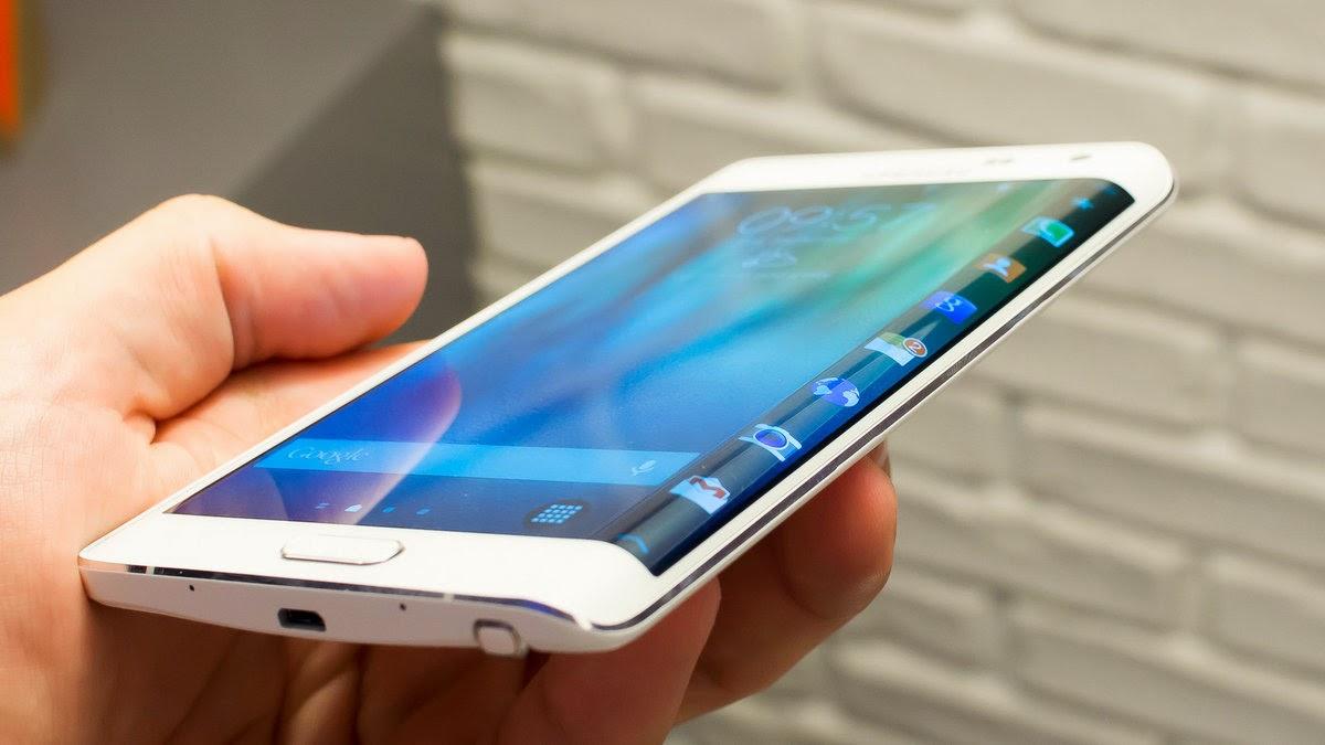 سامسونغ ترد على الإشاعات حول Galaxy S6 Edge باختبار جديد (فيديو)