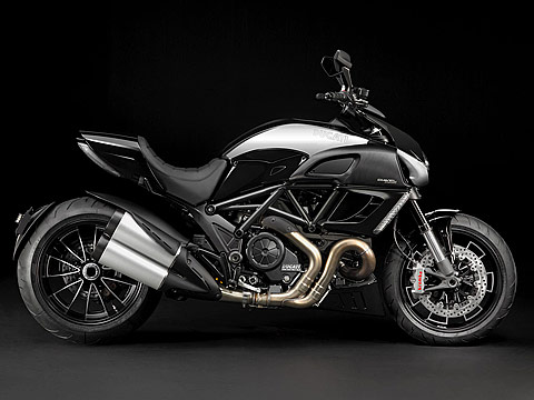 2012 Ducati Diavel Cromo Motorcycle Photos, 480x360 pixels