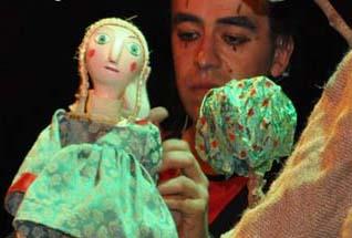 """""""La Niña Valerosa"""" en Teatro Lagrada"""